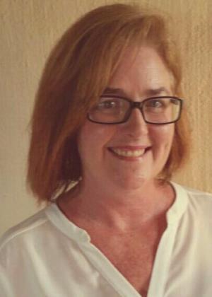 Liz Lenferna